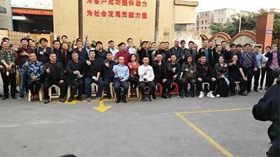 亚克力展示架哪里有卖? --广州至丽亚克力制品加工厂