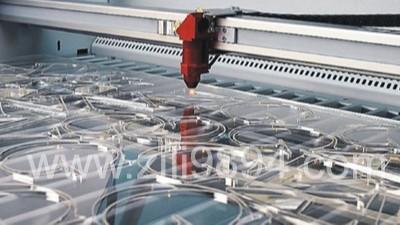 有机玻璃亚克力制作展示架的工艺与选材